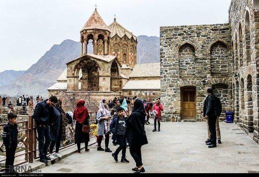 گردشگران نوروزی کلیسای سنت استپانوس