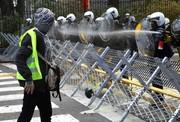 جلیقهزردها بروکسل را بههم ریختند/ بازداشت ۷۰ شورشی در بلژیک