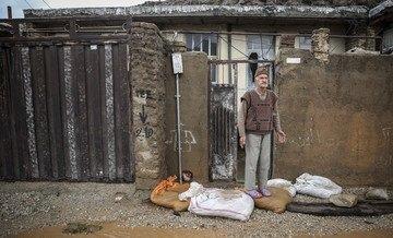 فرمانده نیروی زمینی ارتش: تأمیننیازهای اولیه نظیر نان، غذا و آب در اولویت است