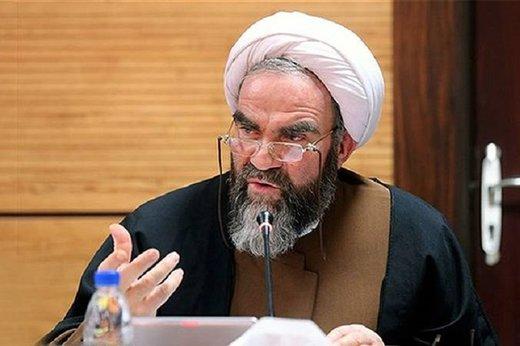 انتقاد آیت الله غرویان به حرفهای جناحی و سیاسی در مجالس عزاداری