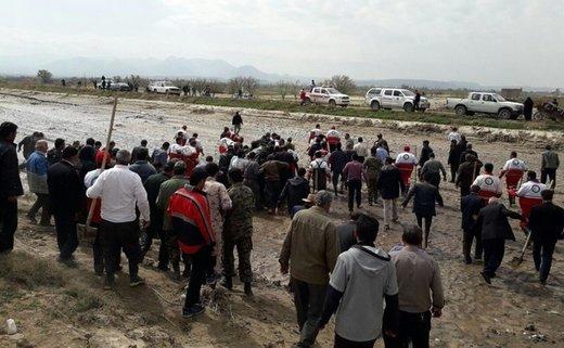 خشم مردم پلدختر در مواجهه با استاندار لرستان و نماینده مجلس