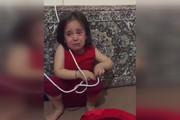 فیلم | لحظه سخت خداحافظی امدادگر هلالاحمر با دختر کوچکش