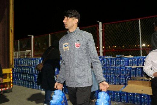 بیرانوند: خودم شخصا کمکها را جمعآوری کردم/ کار من در مقایسه با کمک مردم چیزی نیست
