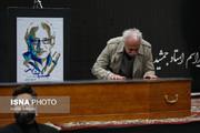 تصاویر | حضور هنرمندان در مراسم تشییع پیکر جمشید مشایخی