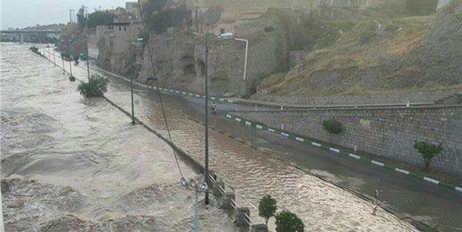 معاون وزیر راه: جادههای ۱۲۰ روستا در خوزستان تخریب شد/ سیل، آزادراه اهواز-اندیمشک را بست