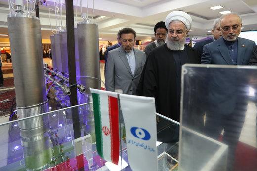 بازدید رئیسجمهور از نمایشگاه دستاوردهای فناوری هستهای