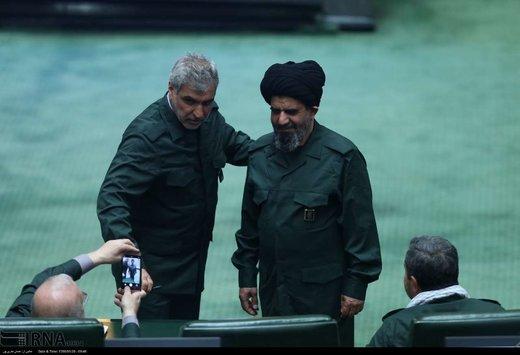 حضور نمایندگان با لباس سپاه در مجلس