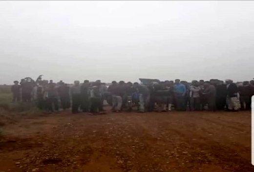 مردان روستای الواجی خوزستان حاضر نیستند از روستا دور شوند