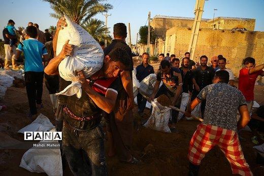 روایتی از یک روز در خوزستان بحرانزده/ مردمی که میخواهند با هم از بحران عبور کنند
