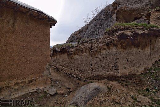 سنگهای عظیمالجثه در آذربایجانغربی