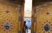 فیلم | لحظه باز شدن درهای حرم امام حسین(ع)