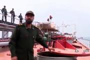 فیلم | توقیف محموله ۱۲.۵ میلیون لیتری سوخت قاچاق در تنگه هرمز!
