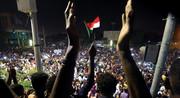 شورای نظامی برای ۲ سال در سودان حکومت میکند