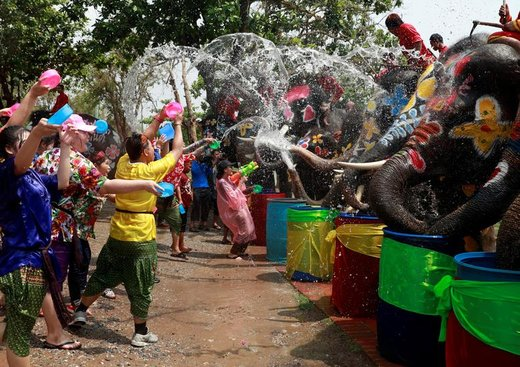 فستیوال آبسونگکران در تایلند