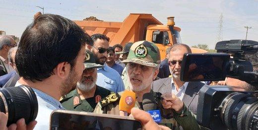 عکس بازدید وزیر دفاع از قرارگاه مردمیاری عاشورائیان در خوزستان
