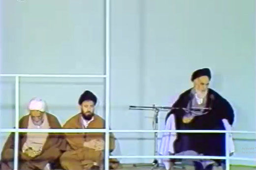 فیلم | اهمیت مناجات شعبانیه در کلام امام خمینی(ره)