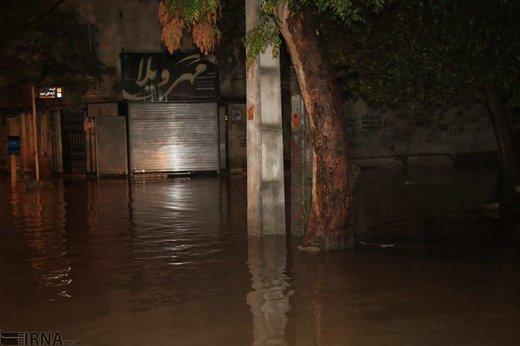 آبگرفتگی خیابانهای بندرعباس