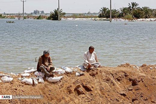 ارتفاع عدد ضحايا السيول في ايران الي 76 شخصا
