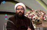 فیلم | یک روحانی در تلویزیون: ۹۰ را پخش کنید، قول میدهیم نمازمان قضا نشود!
