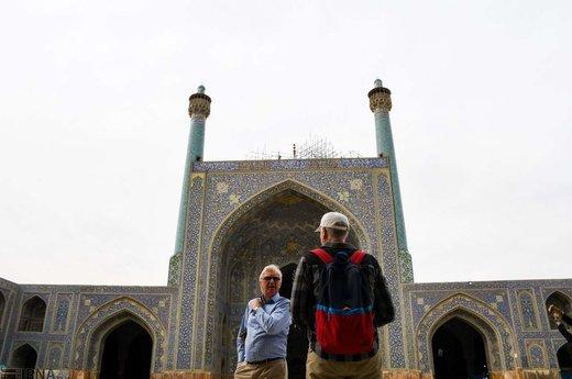 گردشگران خارجی در شهر تاریخی اصفهان
