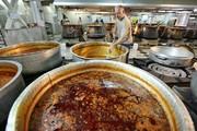 فیلم | در آشپزخانه حرم امام رضا(ع) چه میگذرد؟