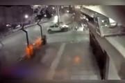 فیلم | لحظه تصادف مرگبار خودرو با پاکبان شیرازی
