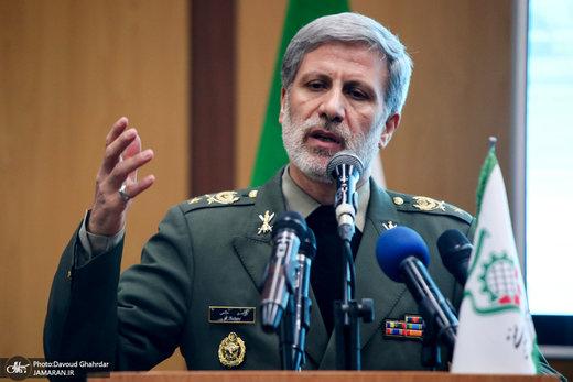 وزیر دفاع: نفتکش ایران را به غلط توقیف کردند، بلافاصله در خلیج فارس با آنها برخورد کردیم/به هر تهدیدی پاسخ میدهیم