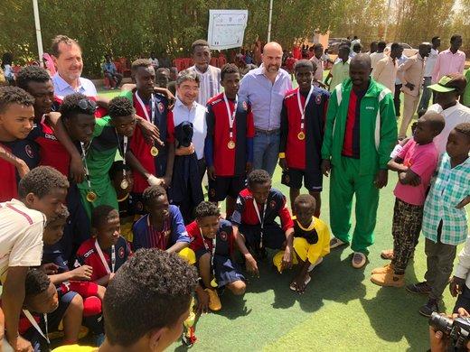 کمکهای انسان دوستانه کارآفرین اروپایی به محرومین آفریقایی