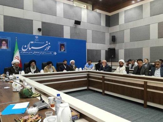 نماینده ولی فقیه در استان خوزستان: بار خسارت ناشی از سیلاب برای دولت سنگین است