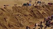 فیلم | ساخت کشتی غولپیکر نوح در ساحل