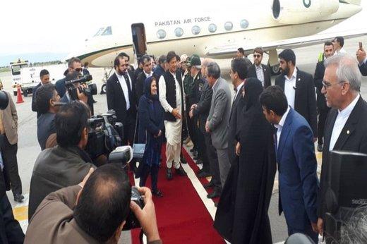 سفری سیاسی با طعم شیرین زیارت امام رضا(ع)/ عمران خان امشب در تهران