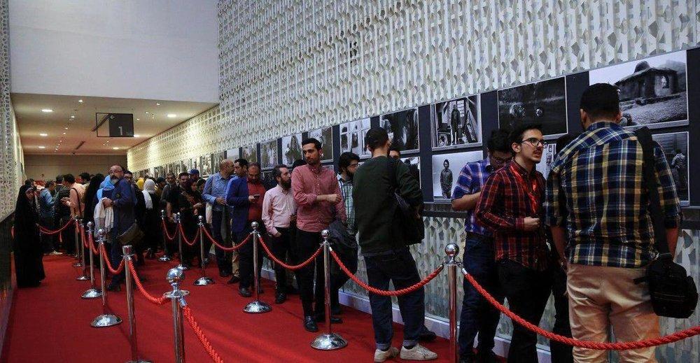 بازیگران سینما و تلویزیون ایران,جشنواره فیلم فجر,رضا کیانیان,سی و هفتمین جشنواره جهانی فیلم فجر