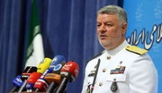 هشدار دریادار خانزادی به نیروهای فرامنطقهای: تصمیمات ایران بر روی کاغذ متوقف نخواهد شد