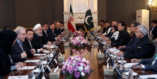 روحانی: به دیگران اجازه دخالت در روابطمان را نمیدهیم/ عمران خان: از ابتدا مخالف حضور نظامی آمریکا در افغانستان و عراق بودم