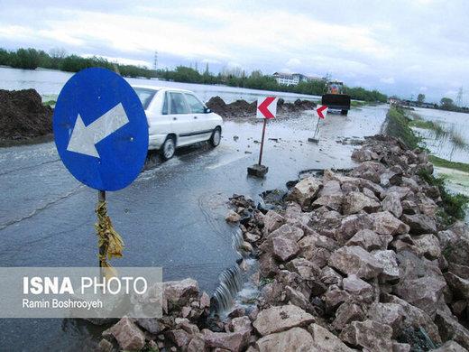 تالاب استیل سرریز شد/ تلاش برای جلوگیری از تخریب دیوار حفاظتی تالاب
