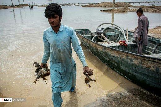 امدادرسانی به سیلزدگان هیرمند