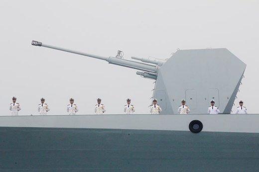 رژه دریایی در هفتادمین سالگرد تاسیس نیروی دریایی ارتش آزادیبخش خلق چین