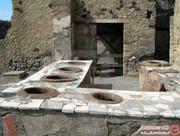 غرفه مواد فست فودی ۲۰۰۰ ساله که ترموپلیا نامیده میشد، در پمپی کشف شد