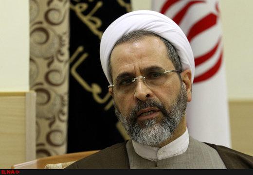 بازدید هوایی مدیر حوزههای علمیه کشور از مناطق سیلزده خوزستان