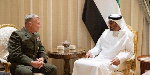 فرمانده سنتکام با ولیعهد ابوظبی دیدار کرد/ مککنزی: ایران یک تهدید است
