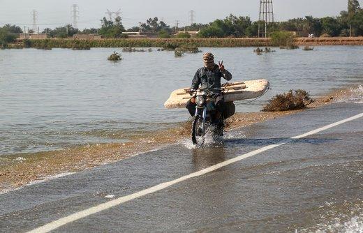 سیلاب در جاده شادگان