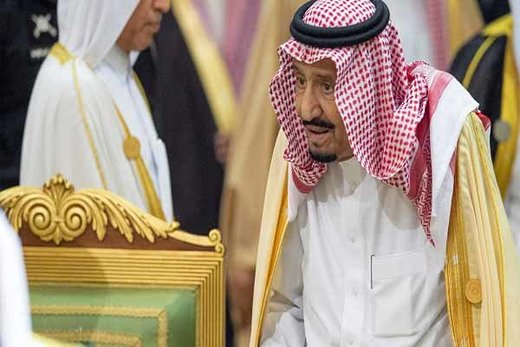 شاه عربستان با وزیر خارجه ژاپن دیدار کرد