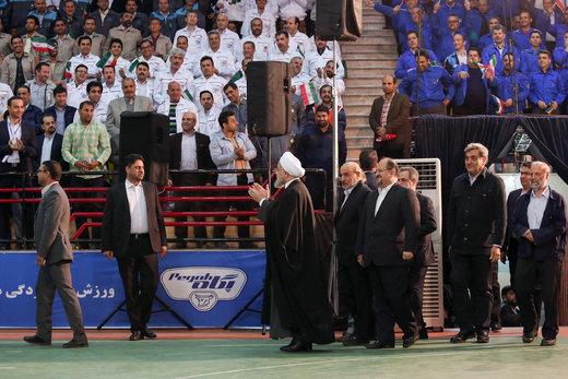 روحانی: آمریکا خواهد دید که نمیگذاریم صادرات نفت ایران به صفر برسد