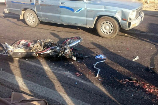 فیلم | لحظات هولناک موتورسواریهای مرگبار در تهران (۱۴+)