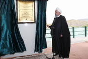 تصاویر | افتتاح چند پروژه در مناطق زلزلهزده کرمانشاه توسط رئیسجمهور