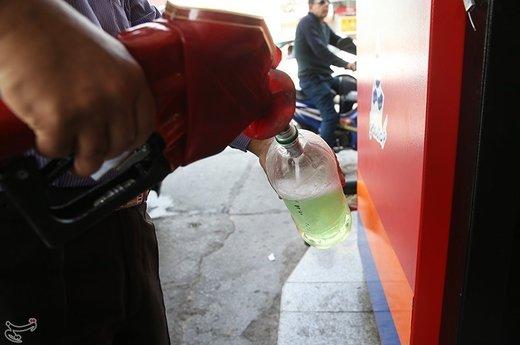 صف طولانی مقابل پمپبنزینها