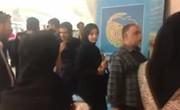 فیلم | صف هواداران رضا امیرخانی در نمایشگاه کتاب