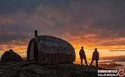 این سرپناه چوبی عجیب در شمالیترین نقطهی دنیا بنا شده است! +تصاویر