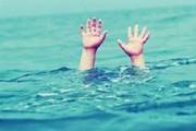 کودک ۱ ساله در جوی آب افتاد و غرق شد