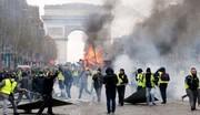 فیلم | حمله پلیس فرانسه به جلیقه زردها